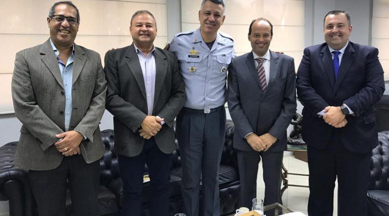 Prefeito participa de reunião com comandante geral da Polícia Militar de São Paulo