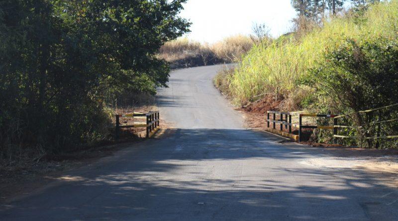 Prefeitura realiza melhorias na Estrada Municipal Aguaí – Leme